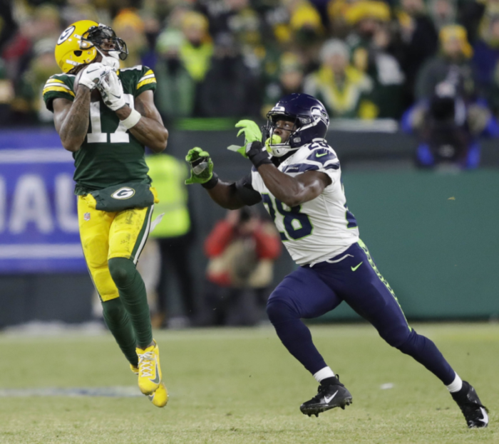 Key Third Down Failure by Seattle Seahawks in Green Bay Packers Loss Reflects Poorly on Pete Carroll's Defensive Staff